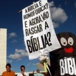 Vamos rasgar a Bíblia?