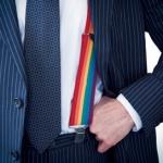 Pesquisa mostra que gays assumidos têm menos chances de conseguir emprego