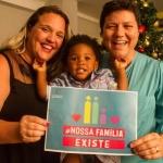 """""""Nossa Família Existe"""": LGBTs abrem suas casas e apresentam famílias para campanha"""