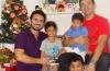 Dia dos Pais é em dose dupla para casal homoafetivo paraense que adotou três