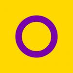 Pessoas intersexuais revelam vivências, bandeiras e denunciam mutilação genital em bebês